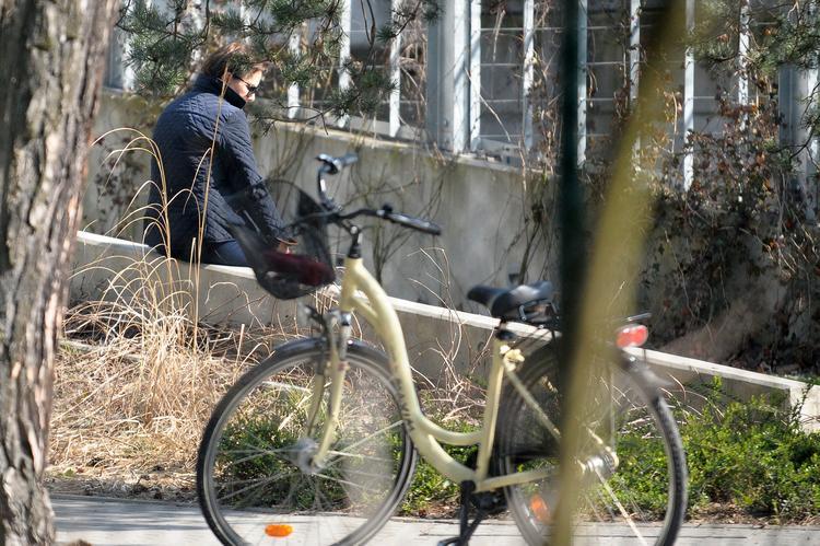 premier-na-przejazdzce-rowerowej_23729202